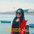زينب من الريان - قطر تبحث عن رجال للتعارف و الزواج